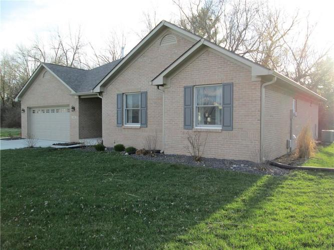 1486  Hideaway Circle Brownsburg, IN 46112 | MLS 21607714