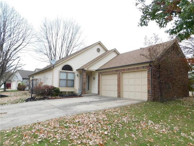 6680 Aintree Court Indianapolis, IN 46250 | MLS 21607727 | photo 1