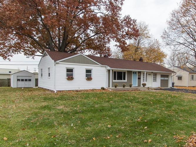 104  Florence Drive Greenwood, IN 46143 | MLS 21607773