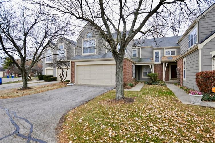 9464 Bridgewater Circle Indianapolis, IN 46250 | MLS 21607792 | photo 1