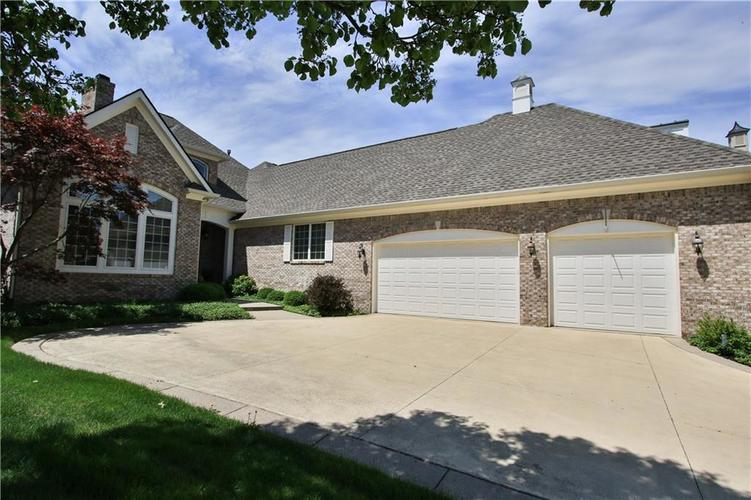 10774 Club Chase Fishers, IN 46037 | MLS 21607903 | photo 2