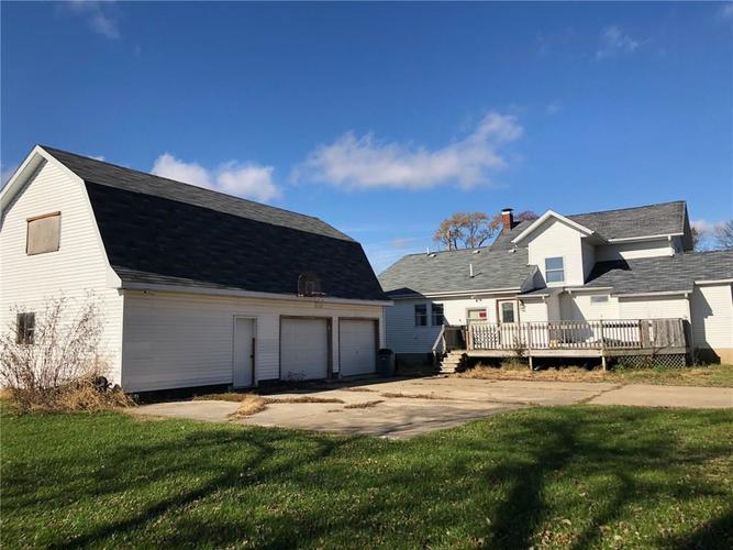 303 South Street Linden, IN 47955 | MLS 21607936 | photo 1