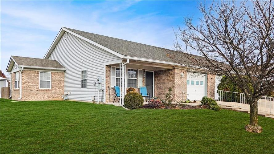 5755  Misty Ridge Drive Indianapolis, IN 46237 | MLS 21608428
