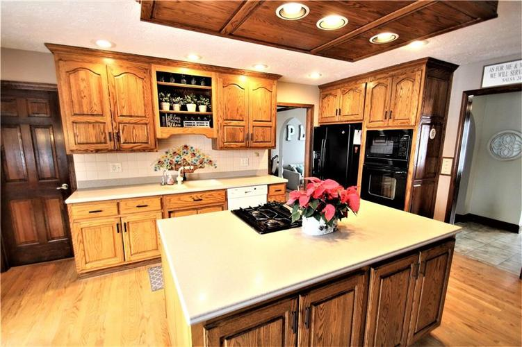 3839 S Creekside Drive New Palestine, IN 46163 317-849-5050