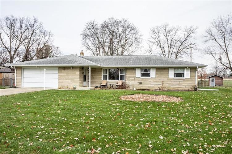 517  THORNE Drive Brownsburg, IN 46112 | MLS 21608877