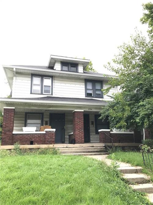 2504  Boulevard Place Indianapolis, IN 46208 | MLS 21609020