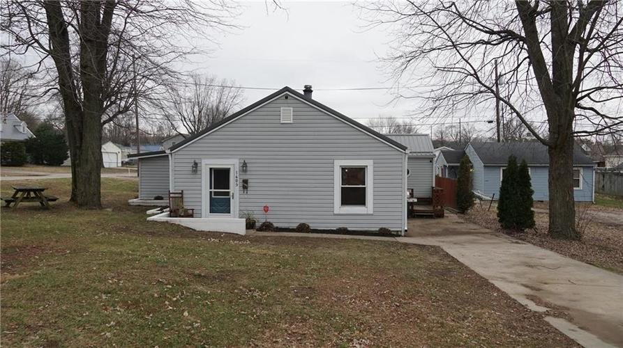 1409 E Pike Street Martinsville, IN 46151 | MLS 21609252
