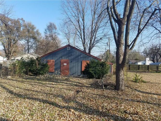 1015  Collier Street Indianapolis, IN 46241 | MLS 21609258