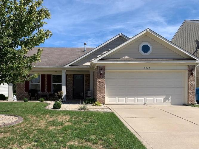 8423  Wheatfield Drive Camby, IN 46113 | MLS 21609284