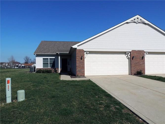1308  Mccormicks Circle Danville, IN 46122 | MLS 21609362