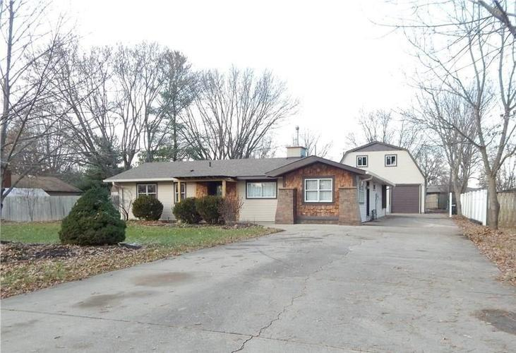 5731  HENDERSON Drive Brownsburg, IN 46112 | MLS 21609390