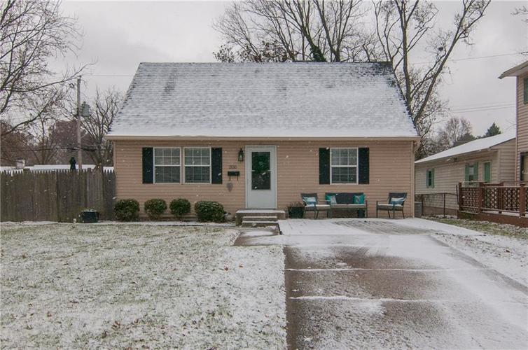 2135  Britton Drive Beech Grove, IN 46107 | MLS 21609436