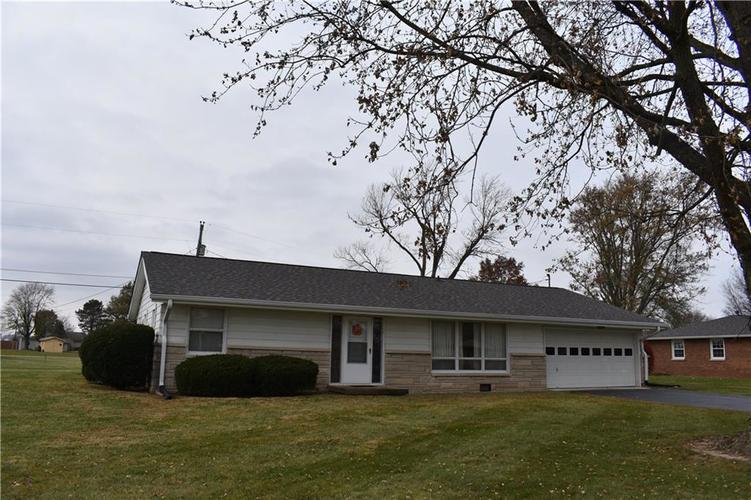 9172 N Marr Road Columbus, IN 47203 | MLS 21609694
