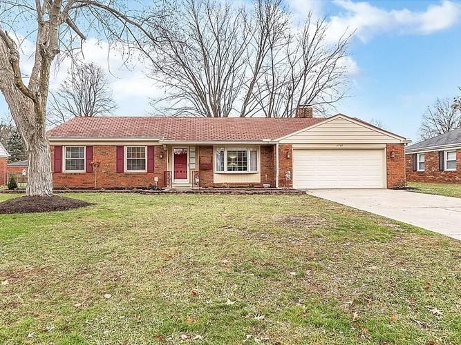1722  Hillcrest Avenue Anderson, IN 46011 | MLS 21609696