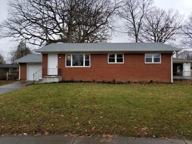 5645  Maplewood Drive Speedway, IN 46224 | MLS 21610141