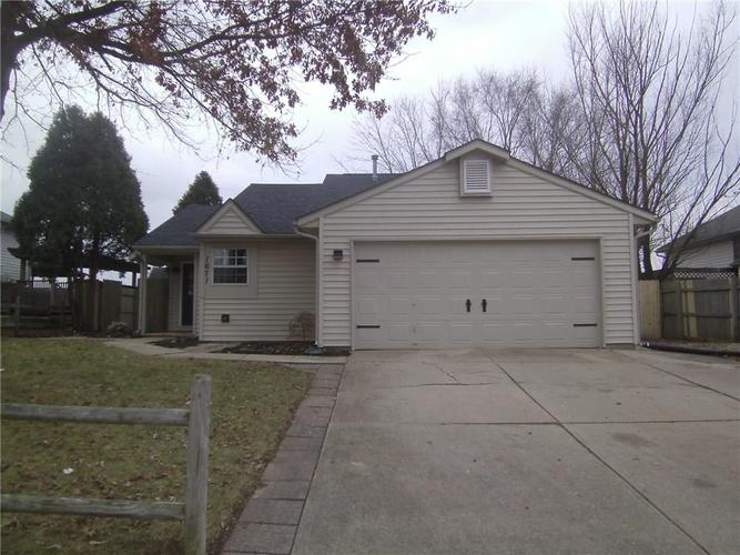 1671 Wrenwood Drive Columbus, IN 47201 | MLS 21610153 | photo 1