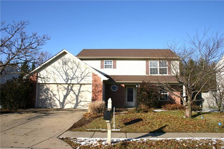 404 E Pine Ridge Drive Westfield, IN 46074 | MLS 21610162