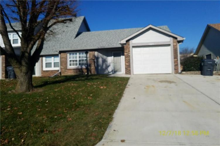 1136  Paradise Way Greenwood, IN 46143 | MLS 21610263