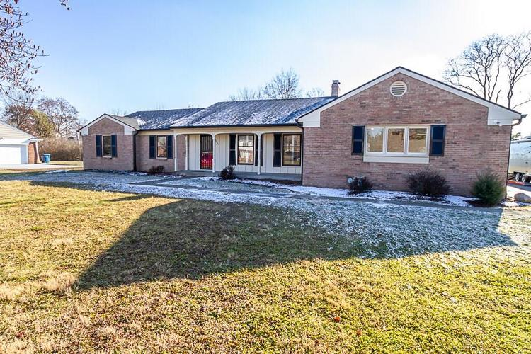 5851 E 54TH Place Indianapolis, IN 46226 | MLS 21610338