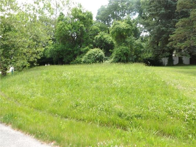 4605  Thornleigh Drive Indianapolis, IN 46226 | MLS 21610580