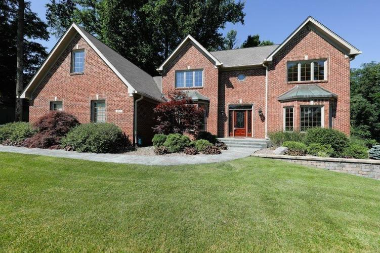 9022  Anchor Bay Drive Indianapolis, IN 46236 | MLS 21610657