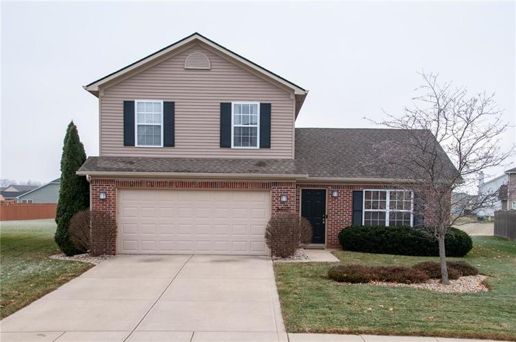 8423  Catchfly Drive Plainfield, IN 46168 | MLS 21610763