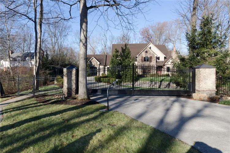 464 E 75th Street Indianapolis, IN 46240 | MLS 21610888 | photo 1