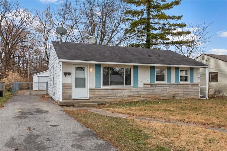 2257  Detroit Street Beech Grove, IN 46107 | MLS 21610910