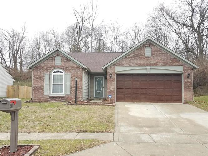 3718  Owster Lane Indianapolis, IN 46237 | MLS 21611113
