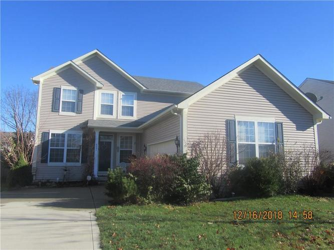 6041 N Sandcherry Drive Indianapolis, IN 46236 | MLS 21611295