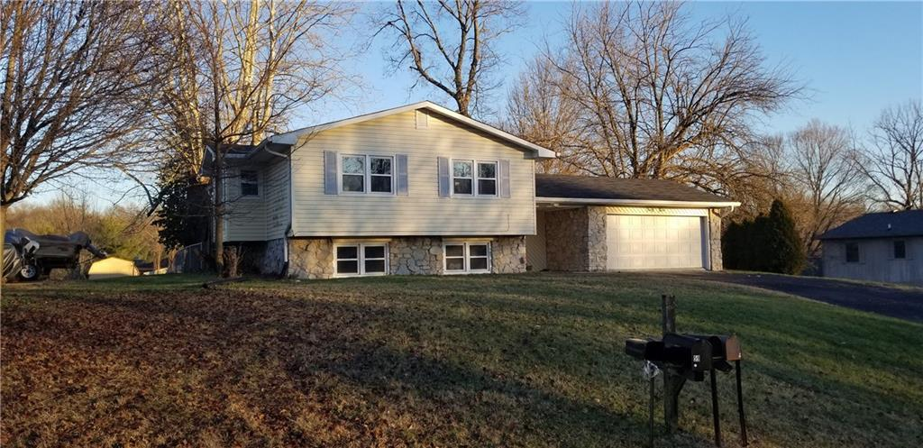 49 Hillview Drive Martinsville, IN 46151 | MLS 21611315 | photo 1