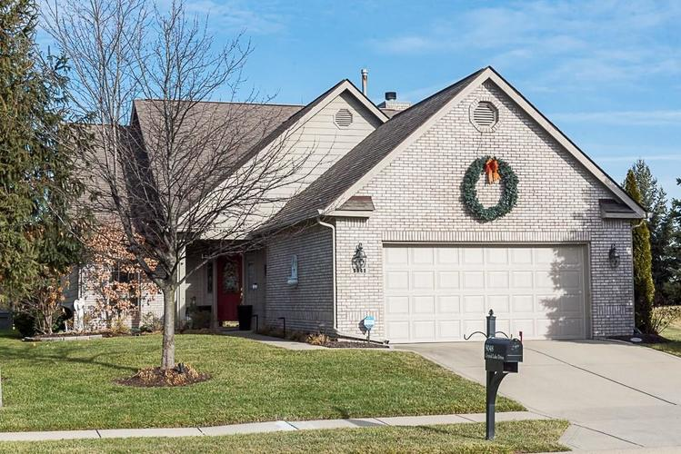 9048  CRYSTAL LAKE Drive Indianapolis, IN 46240 | MLS 21611340