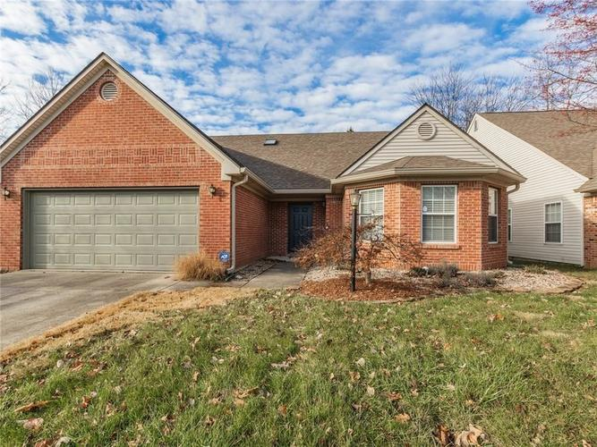 9538  SUMMER RIDGE Place Indianapolis, IN 46260 | MLS 21611458