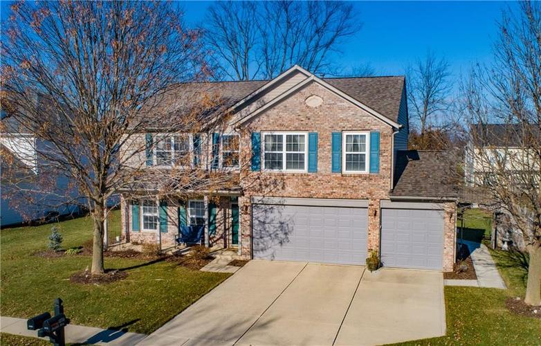 12696  Brookdale Drive Fishers, IN 46037 | MLS 21611494