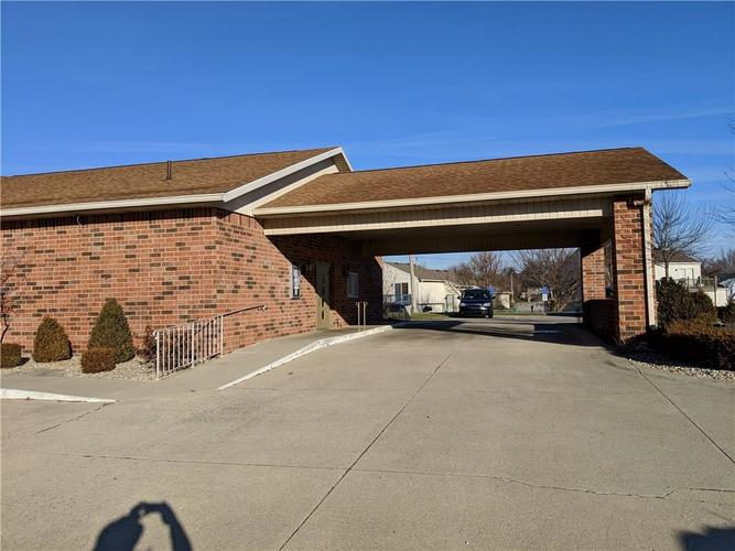 5719 S Madison Avenue Anderson, IN 46013 | MLS 21611505 | photo 4
