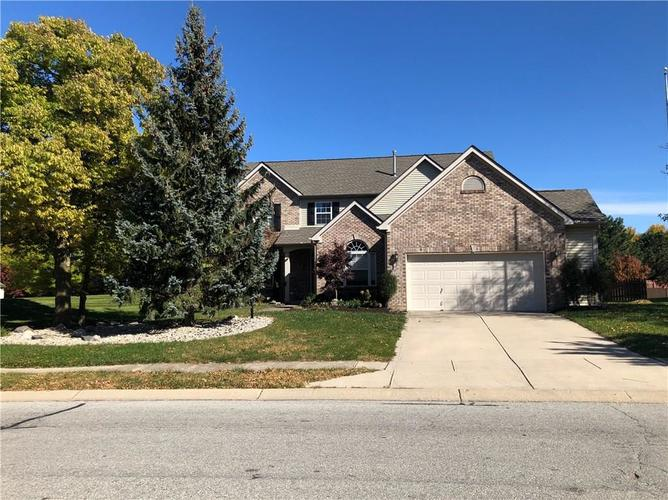 13930  Royalwood Drive Fishers, IN 46037 | MLS 21611762