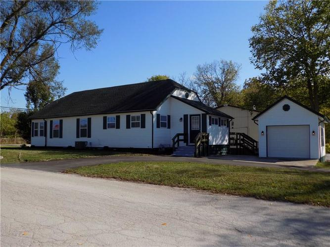 876 W County Road 25  Greencastle, IN 46135 | MLS 21611929