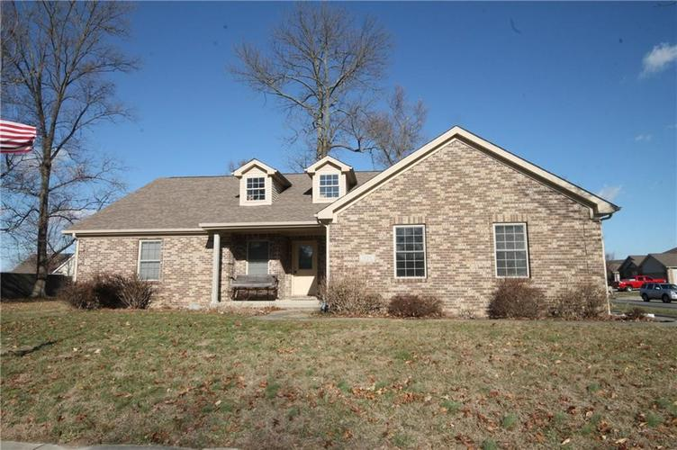 1606  Manor Drive Hope, IN 47246 | MLS 21612081