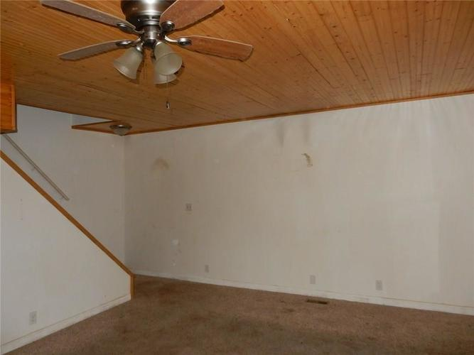 1548 INVERNESS FARMS Road Martinsville, IN 46151 | MLS 21612117 | photo 2