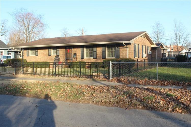 159 S Sycamore Street Martinsville, IN 46151   MLS 21612164   photo 1