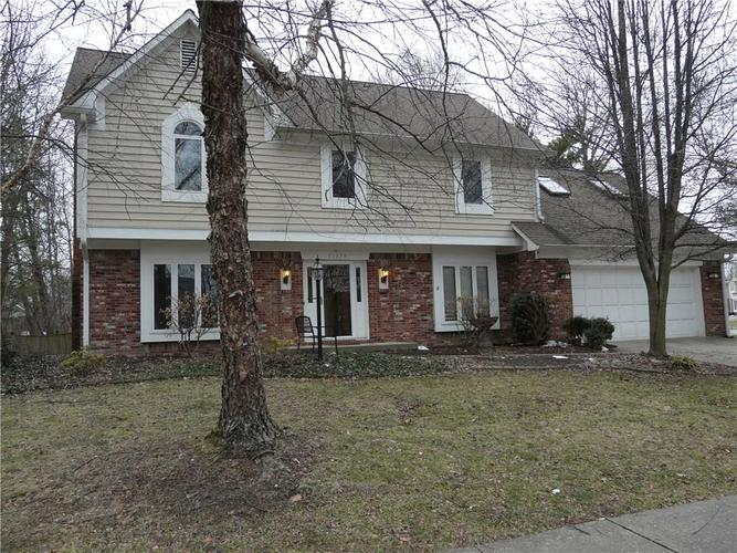 11379 Hickory Woods Drive Fishers, IN 46038 | MLS 21612197 | photo 1