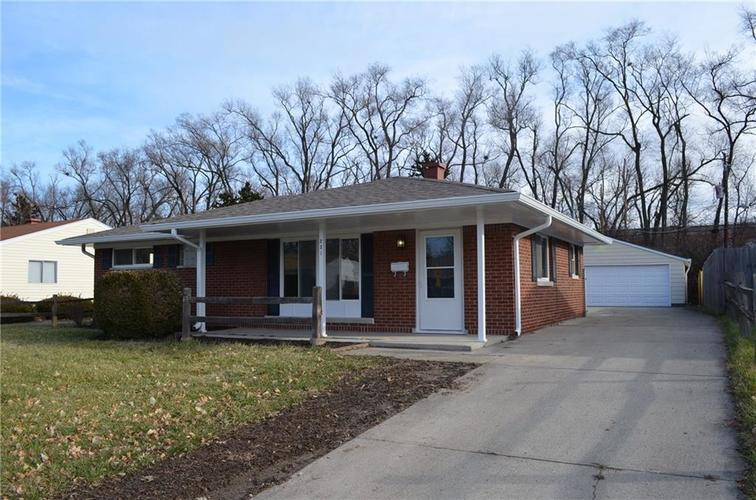 231 S Kenmore Road Indianapolis, IN 46219 | MLS 21612347 | photo 1