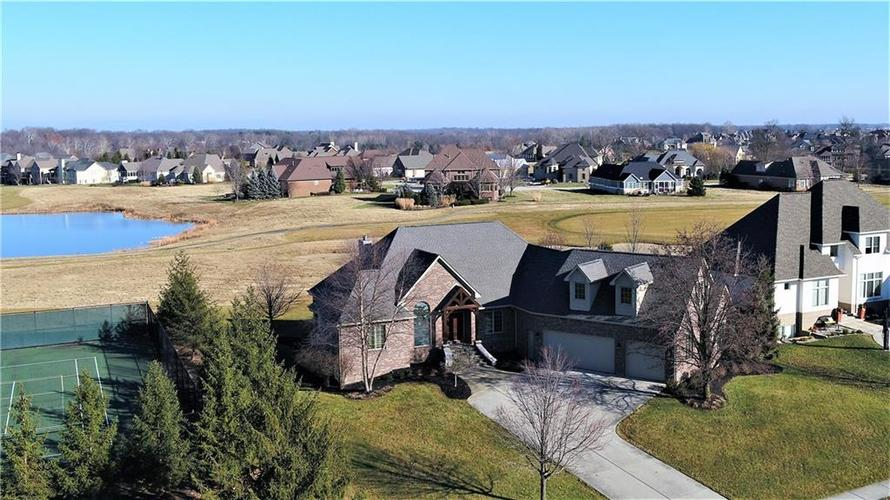 10954  Golden Bear Way Noblesville, IN 46060 | MLS 21612350