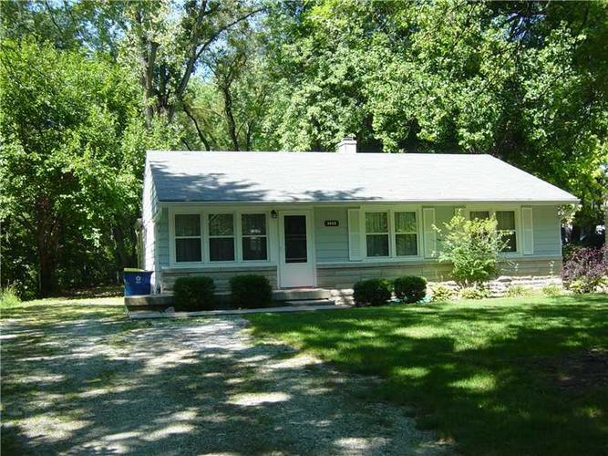 2422 E 68th Street Indianapolis, IN 46220 | MLS 21612409 | photo 1
