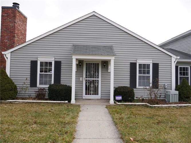 4926 OAKBROOK Court Indianapolis, IN 46254 | MLS 21612583 | photo 1