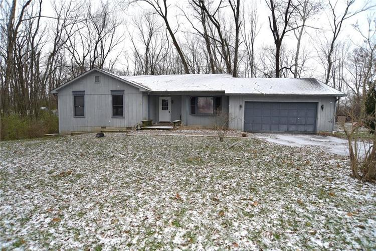 12750 N Oakhaven Drive Camby, IN 46113 | MLS 21613039 | photo 1