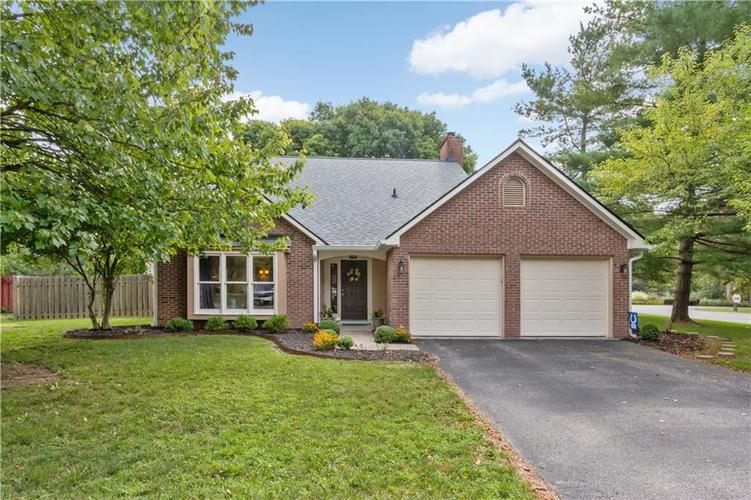8167  Menlo Court East Drive Indianapolis, IN 46240 | MLS 21613162