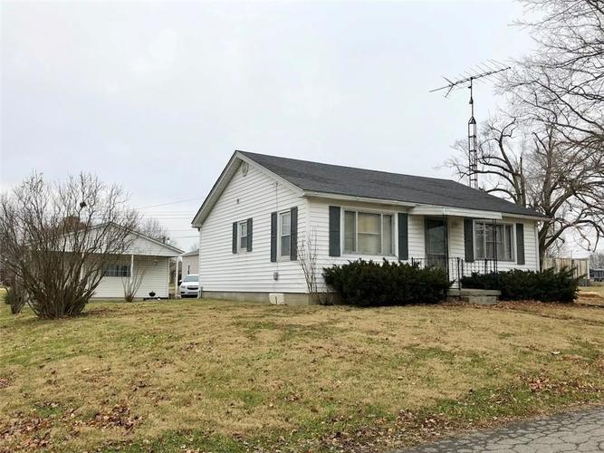 175  Jefferson Street Hartsville, IN 47244 | MLS 21613216