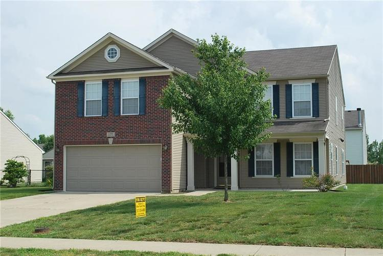 1293 REDWOOD Drive Greenfield, IN 46140 | MLS 21613386 | photo 1