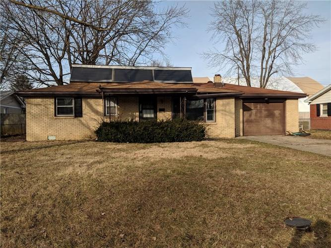 1104 W 39th Street Anderson, IN 46013 | MLS 21613425 | photo 1